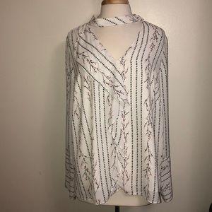 KAARI blue curvy cream floral blouse 2x